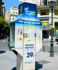 publicidad en cabinas telefónicas en torrelodones